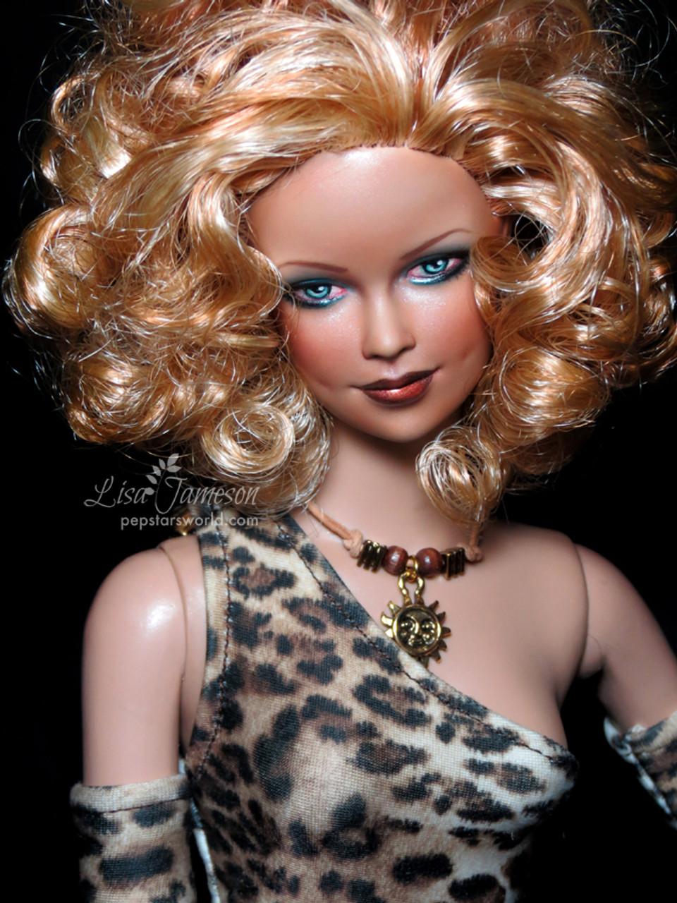 Charmin Chatty Blond 90 KatSilk® Saran Doll Hair