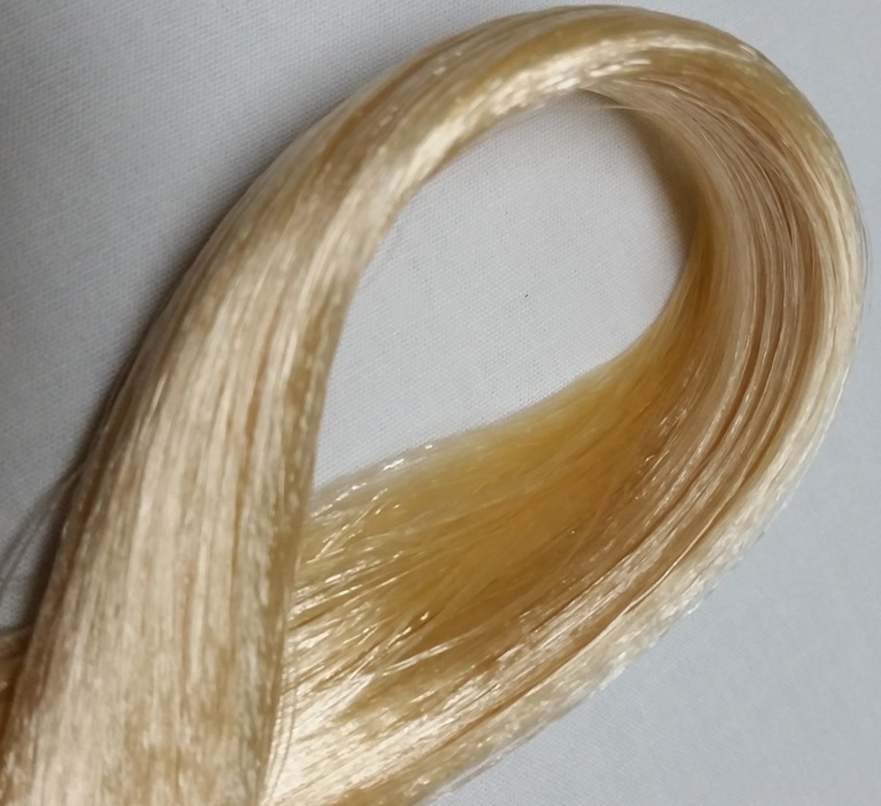 Champagne Blond 9 KatSilk® Saran Doll Hair