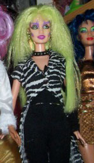 Lyme 38 KatSilk Saran Doll Hair