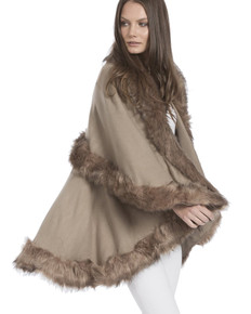 Faux Fur Wrap in Mocha KFP23A-09