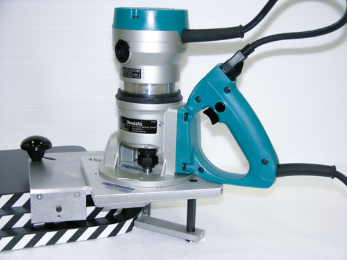 Corner Rounding Unit with Makita 2 1/4 hp D-Handle Router.  side view on sample boards