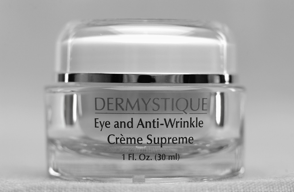 Eye and Anti-Wrinkle Creme Supreme (1 Oz.) [Catalog number PM]