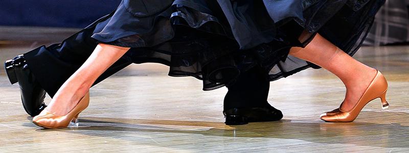 web-infopage-igor-mariya-feet.jpg
