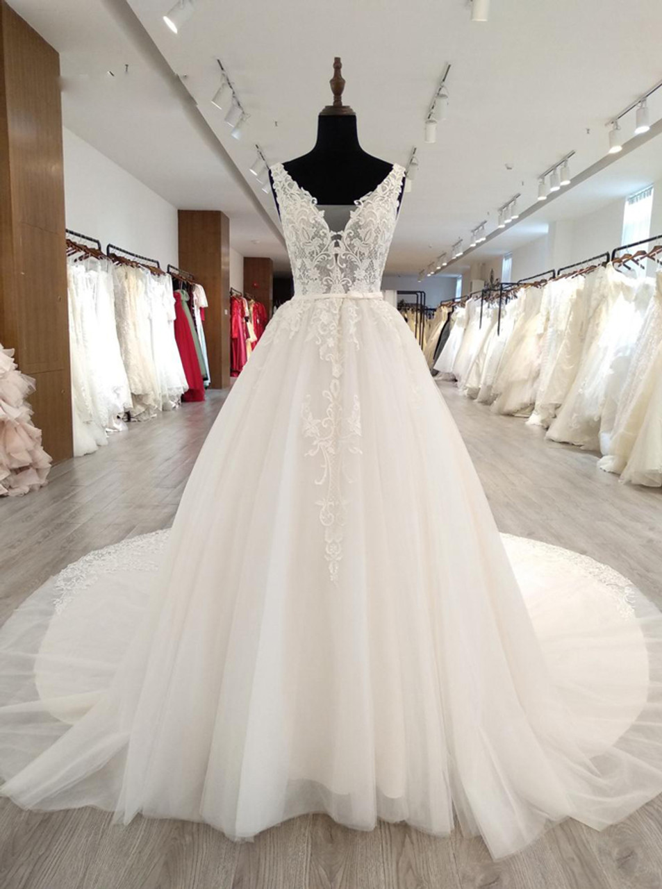 cf23415cd28 Gorgeous Wedding Dresses with Appliques