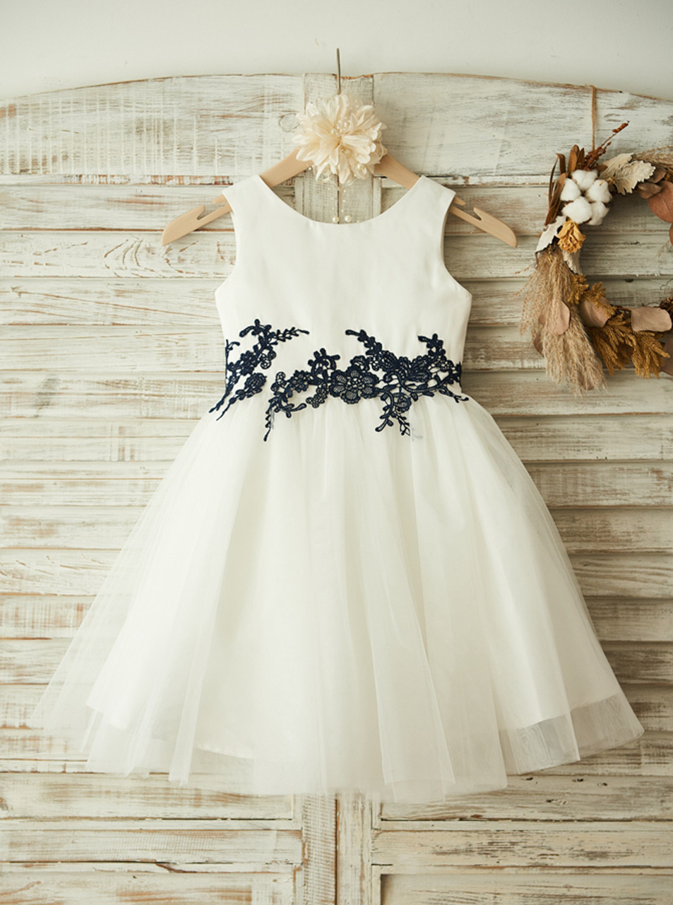 White Flower Girl Dressesknee Length Flower Girl Dress11812