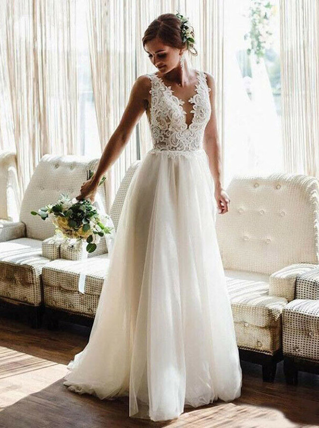 Simple V-neck Wedding Dress,Destination Beach Wedding Dress,12151