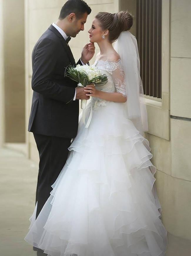 Princess Off the Shoulder Wedding Dress,Organza Ruffles A-line Bridal Gown,12177