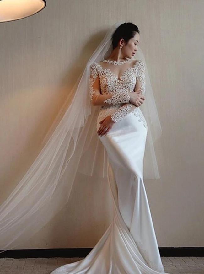 Mermaid Wedding Dress with Long Sleeves,Stunning Bridal Dress,12195