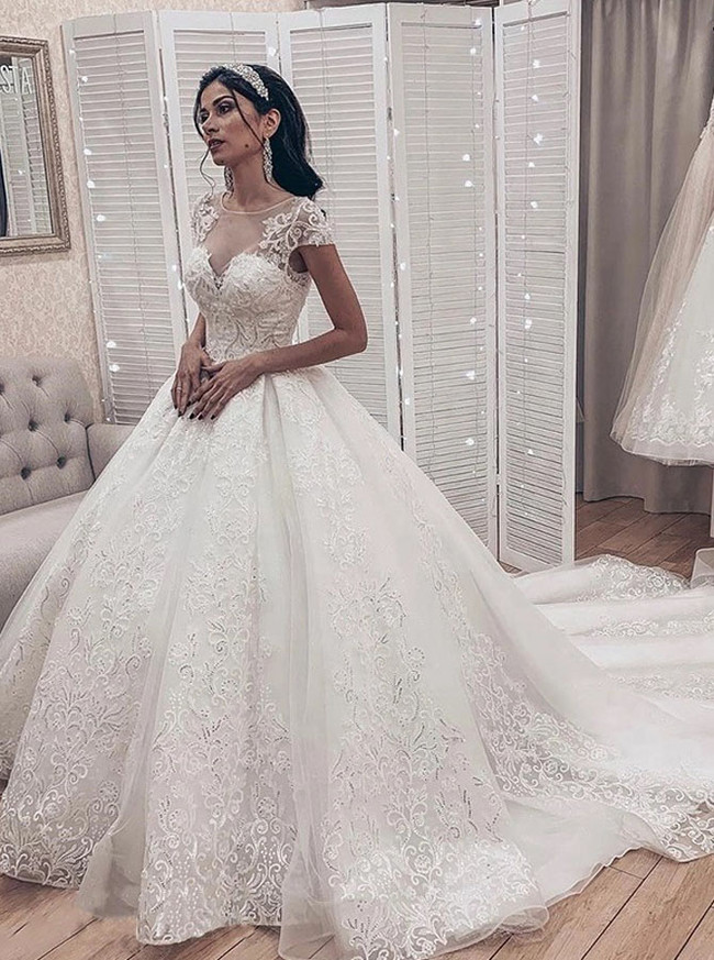 Classic Lace Bridal Gown,Luxurious Wedding Dress with Cap Sleeves,12223