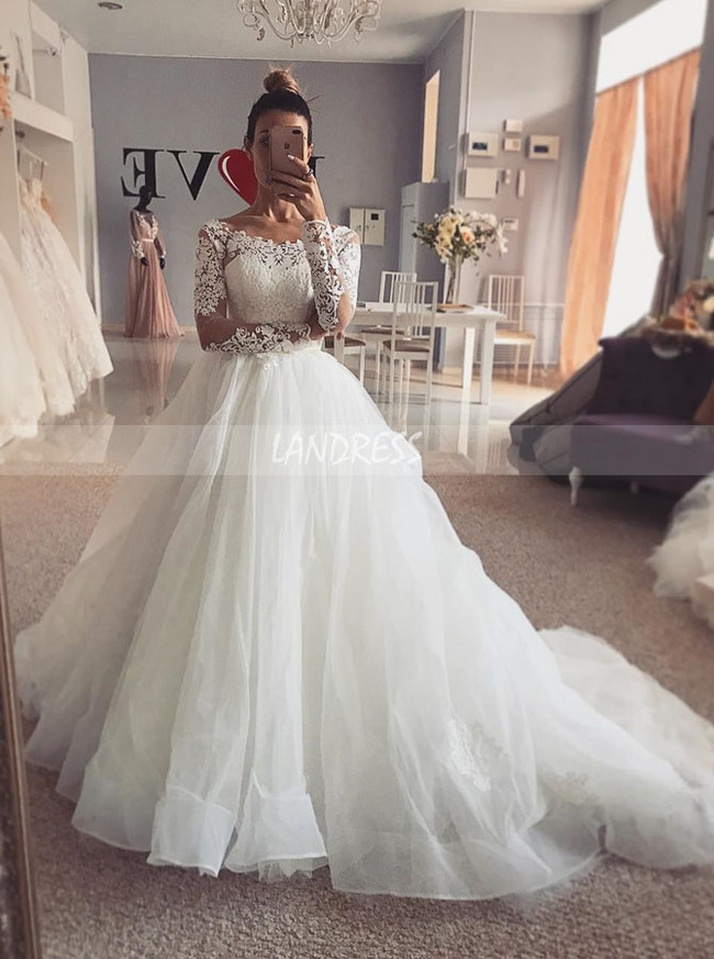 Wedding Gown with Long Sleeves,Ball Gown Wedding Dress,Elegant Bridal Dress,11125