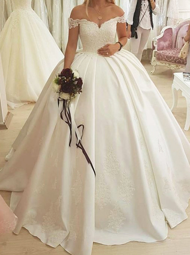 Off the Shoulder Ball Gown Wedding Dress,Satin Bridal Gown,Elegant Bridal Gown,11137