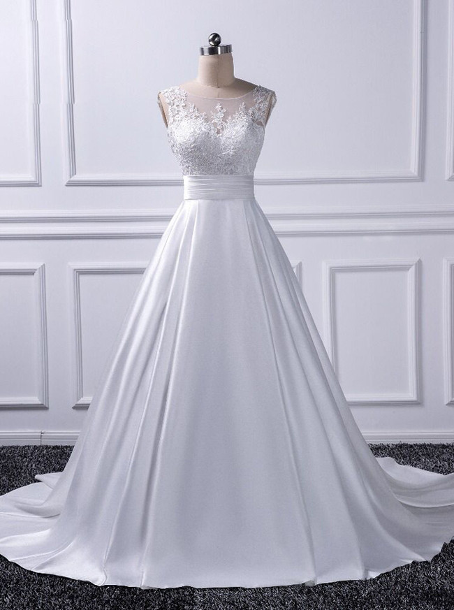 Elegant Wedding Dresses with Trains