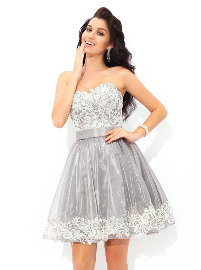 09bd1aaadd6 Silver Homecoming Dresses