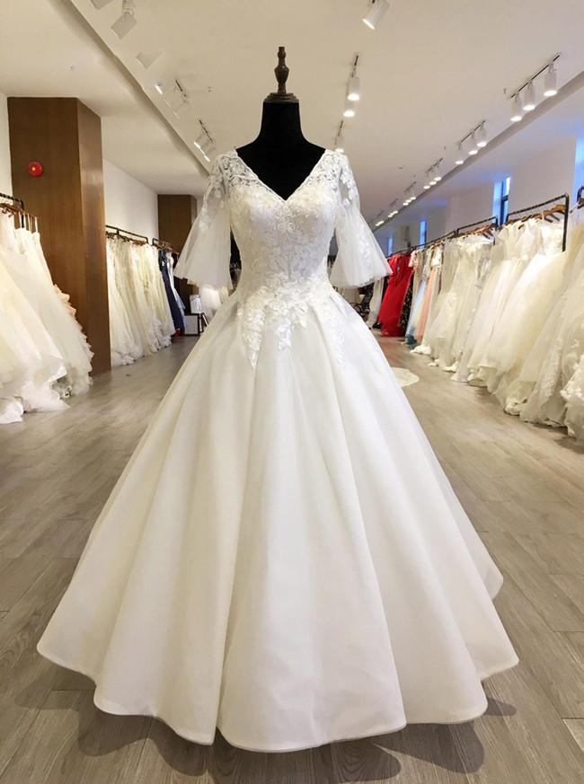 Wedding Dresses Bell