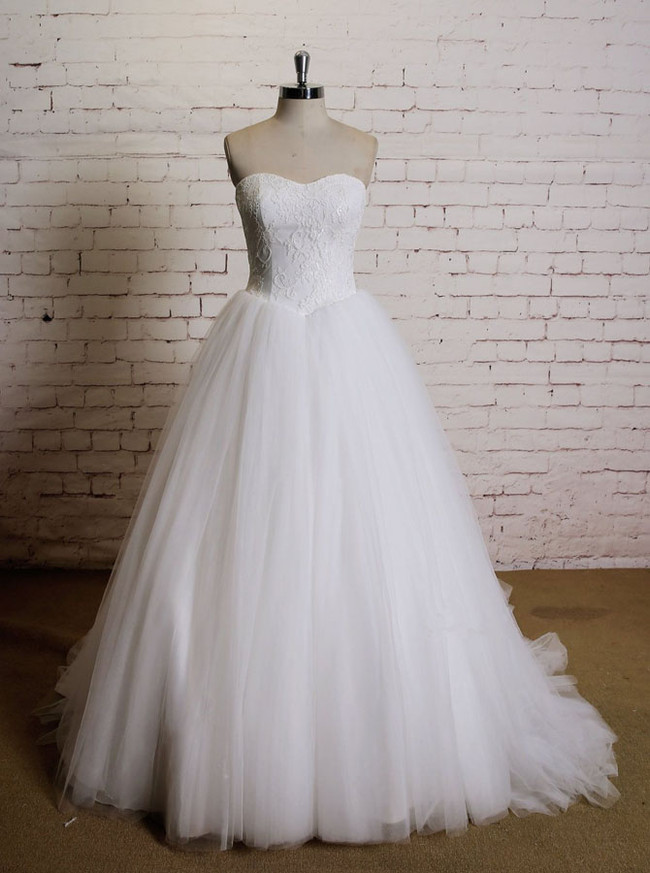 Simple Ball Gown Wedding Dresses,Strapless Wedding Gowns,11628