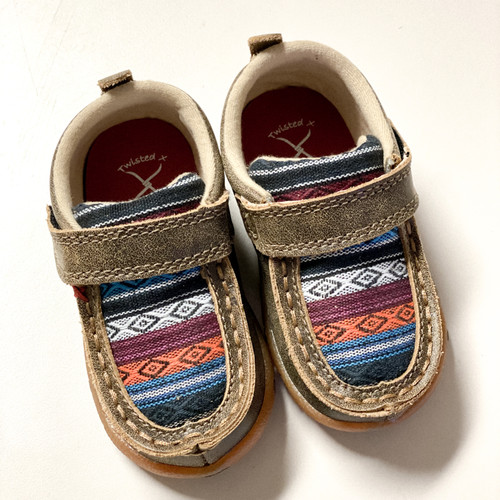 INFANT BOMBER IN SERAPE