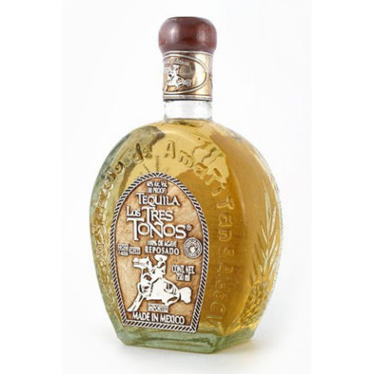 Tequila Los Tres Tonos Reposado is a Tequila produced from 100% Blue Agave Tequilana Weber, carefully planted and harvested at Tequila Selecto de Amatitan, and aged in American Bourbon barrels for a minumum of six months. Tequila Los Tres Tonos is bottled in an elegant artisan carafe specially designed for connoisseurs, which enhances the finesse of the tequila reflecting its high quality.