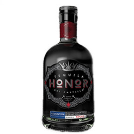 This taste provides a refreshing sensation with immediate aromas of oak, honey, and cocoa. It also has a clean honest nose, and from the first sip you'll notice characteristics of dried fruits such as red currants.