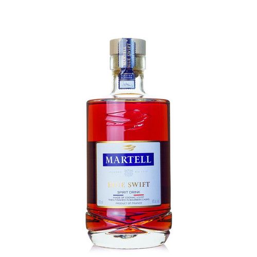 In tribute to the Bluegrass State, Martell Blue Swift combines Martell's signature style of delicate fruit and plum notes with subtle sweetness of vanilla and toasted oak from the bourbon casks.