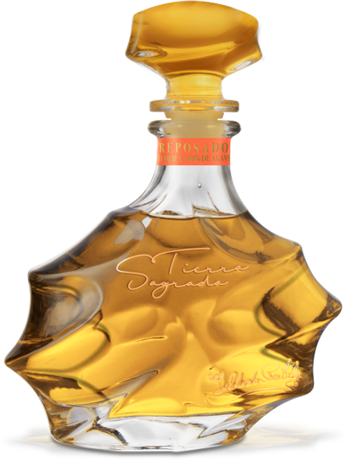 Tierra Sagrada Reposado Tequila has an intense wood aroma, herbs, mineral notes and a sweet flavor with a vivid amber color.
