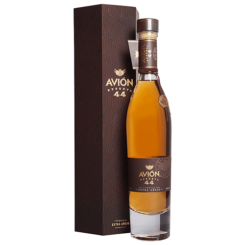 Made with a base of Avión Silver, Reserva 44 is matured in oak barrels for 43 months, then spends an additional 30 days in petite oak barrels, which are rotated each day, for a total aging period of 44 months. The 80-proof offering is then bottled in crystal, hand-numbered and individually signed by founder and chairman Ken Austin.