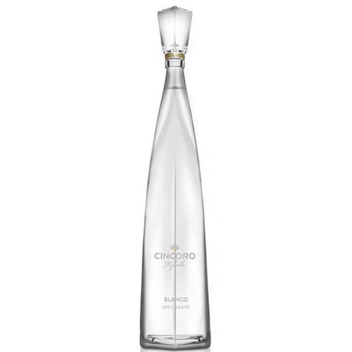 Cincoro Blanco is unaged, and is made with 100% Weber blue agave from both the highlands and lowlands of Jalisco, Mexico. By combining agave from 2 distinct appellations, our Blanco tequila is smooth on the palate, with great complexity and finish. Reflective of the terroir, fresh and cooked agave permeate, with light vanilla and citrus undertones, derived from a meticulous small-batch production process.