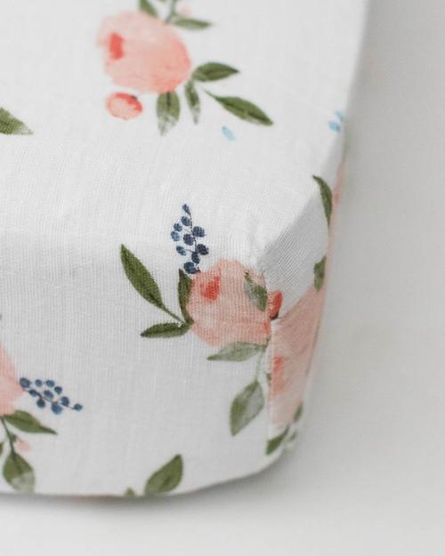 Watercolor Roses Crib Sheet