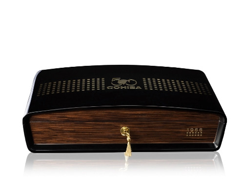 Cohiba Majestuosos 1966 humidor   高希霸1996宏伟保温盒20支装