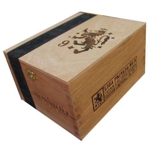 私人联赛9号罗布图24支装  Liga Privada No 9 Robusto box of 24