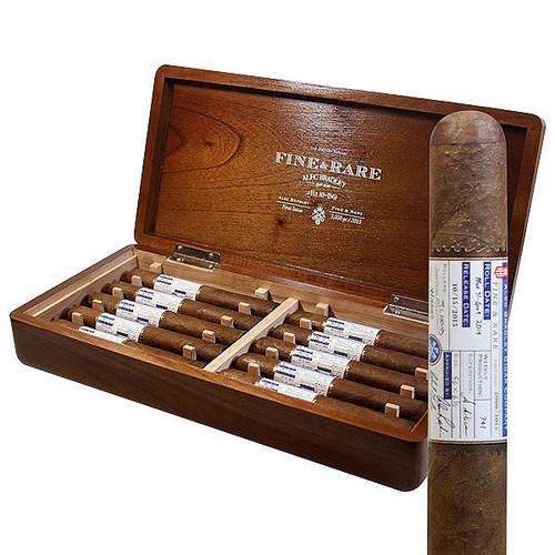Alec Bradley Fine And Rare 2015 box of 10 亚历克·布拉德利2015珍藏稀有10支装(限量停产)