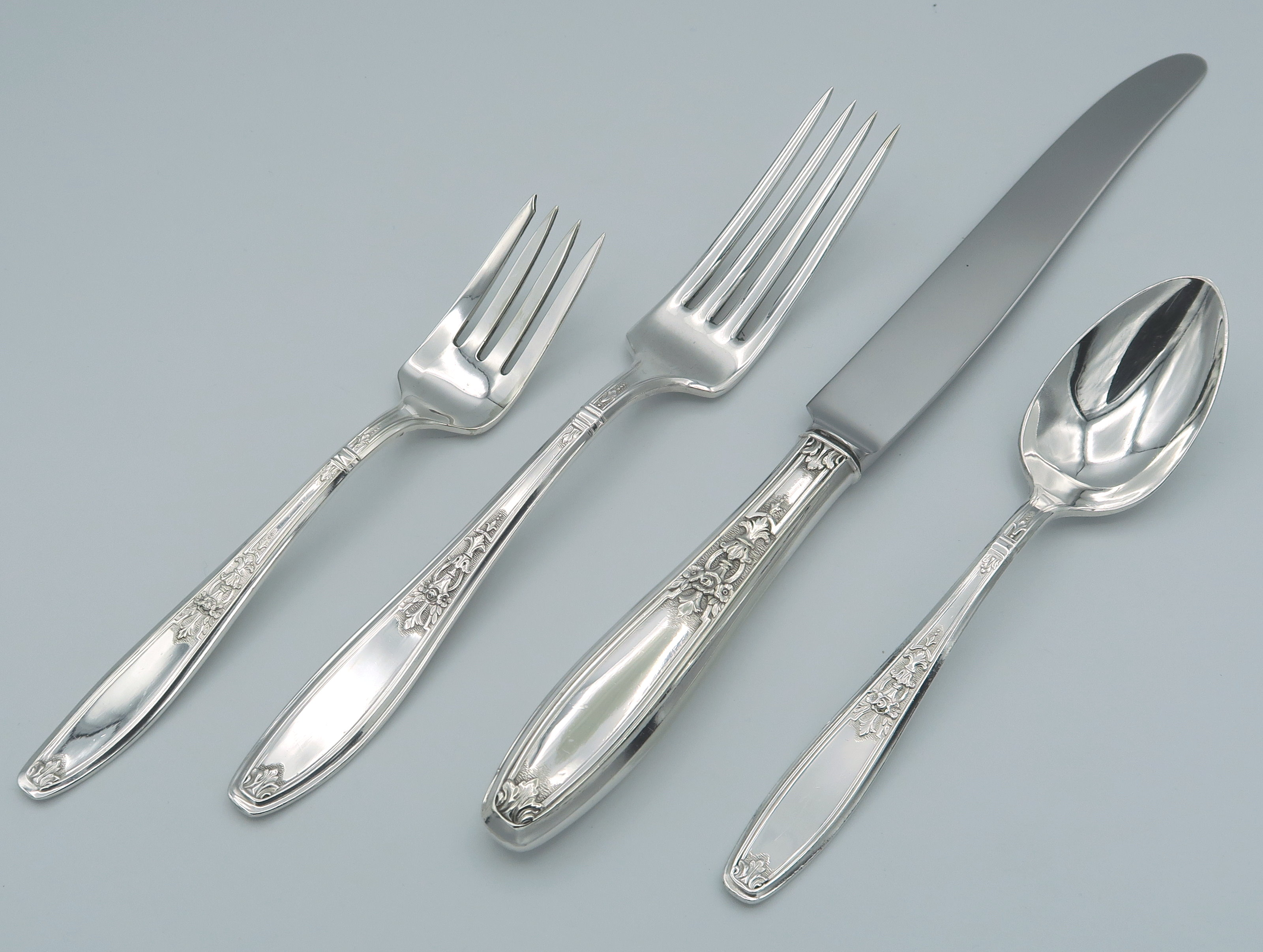 Ambassador by 1847 Rogers silver plate flatware 4 piece place Setting