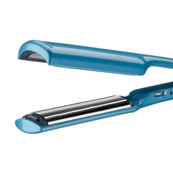 "BaByliss PRO Nano Titanium™ 1-1/2"" Deep Curve C Styler"