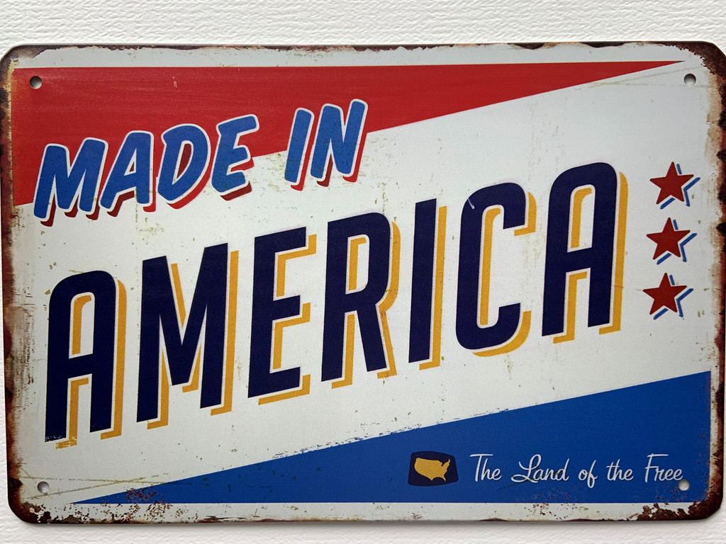 TS_D 3020-215    MADE IN AMERICA THE LAND OF THE FREE   Vintage tin sign