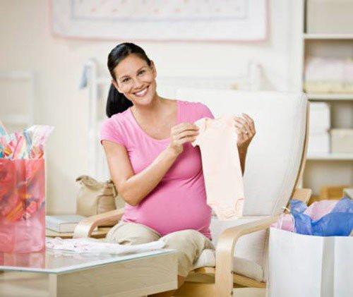 Chuẩn bị đồ sơ sinh cho mẹ đẻ con mùa hè vừa đầy đủ lại siêu tiết kiệm