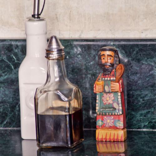 Small San Pasqual Kitchen Saint