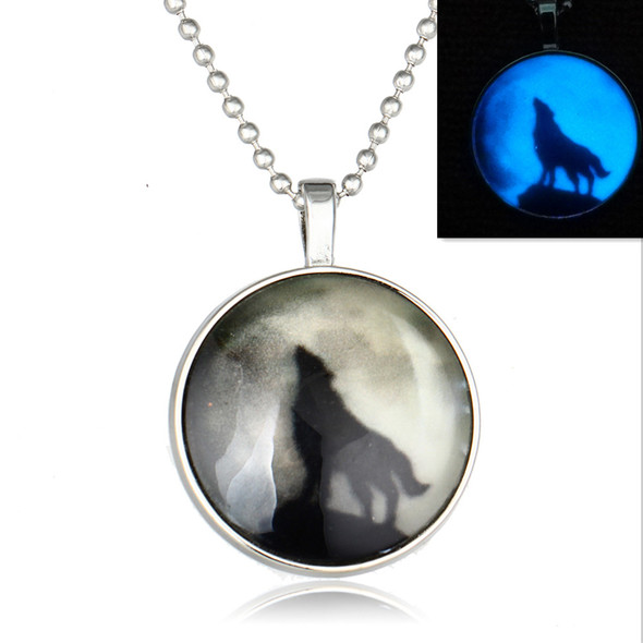 Glow In the Dark Howling Wolf Pendant