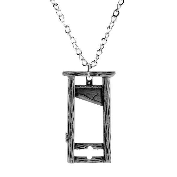 Guillotine necklace