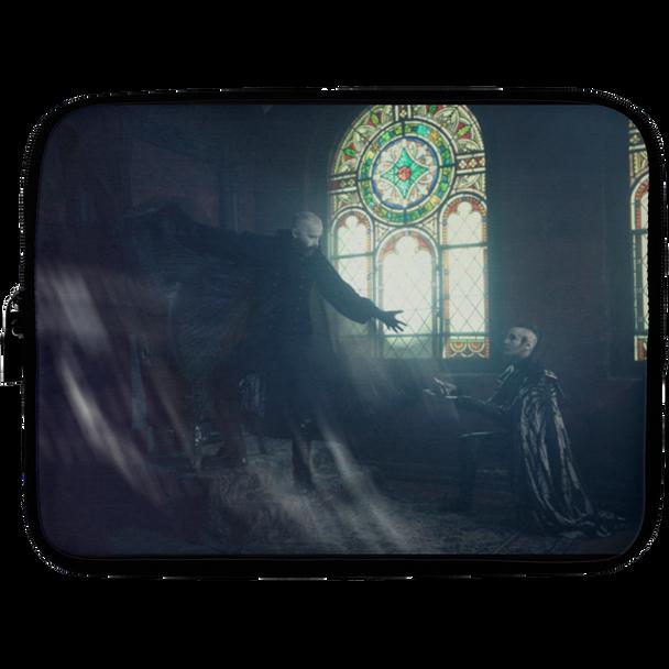 Changeling in Church - Laptop Sleeve - 10 inch