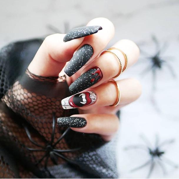 Vampire Fang Fake Nails