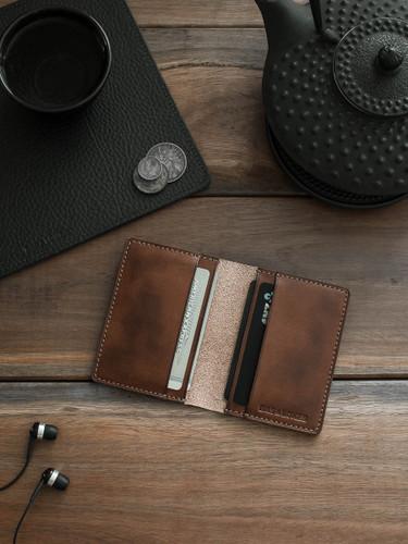 Russet Vintage Tan Leather Bi-Fold Wallet
