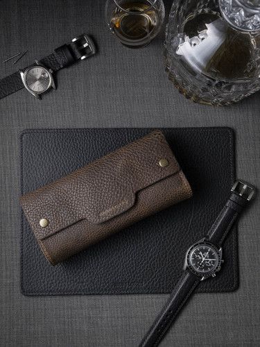 """Digby"" Textured Mud Brown Leather Watch Roll"