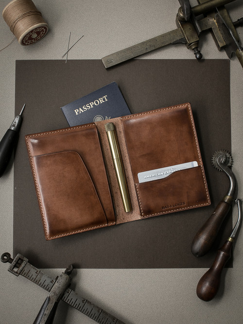 """Magellan"" Russet Vintage Tan Leather Double Passport Wallet"