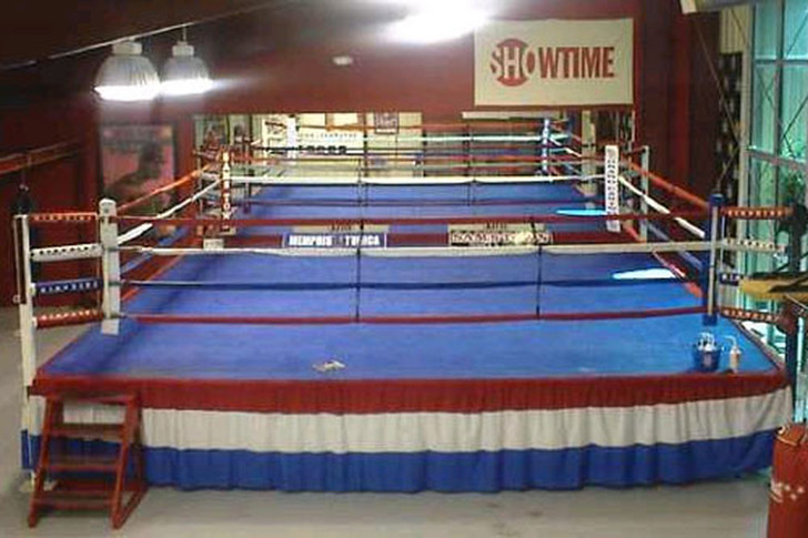 PROLAST BOXING RING 24' X 24' WITH FLOORING