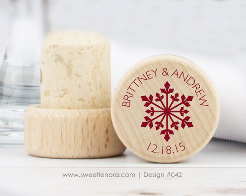 Snowflake Wine Stopper Favors 042