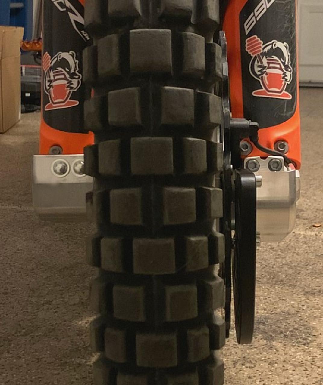 Topar Racing  Lower Fork Leg Guard for 2019-2020 KTM 690R Enduro