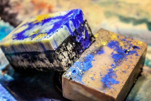 BLUGLD - Shea Butter/Goat Milk  & Activated Charcoal  Bath Bar