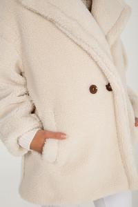 Stylish Faux Fur Teddy Coat in Cream