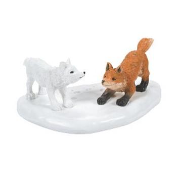 WHITE CHRISTMAS FOX FACE OFF-6007675