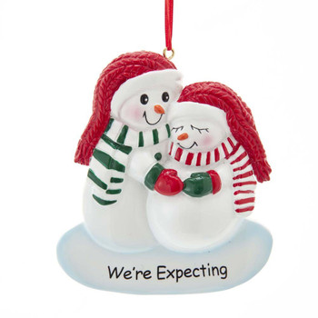 """WE'RE EXPECTING"" SNOWCOUPLE"