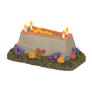Tiny LED candles, and bright flowers add a realistic look to this Dead of The Dead decor for your Village display. This general accessory is hand-crafted, hand-painted, resin. Battery box included, 2 C batteries required.